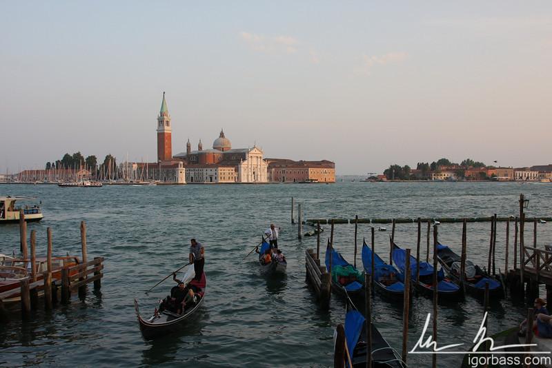 Gondoliers (Venice, IT)