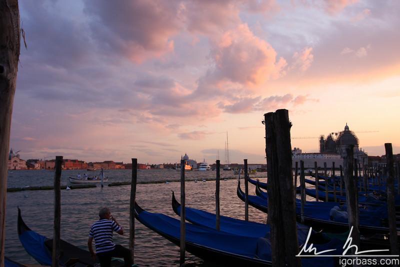 Gondoliers' Break (Venice, IT)