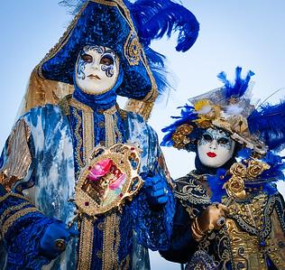 Blue couple