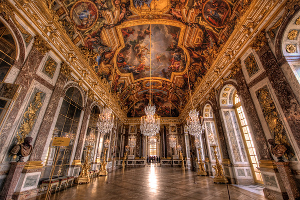 "The Hall of Mirrors is the most famous room in the opulent Palace of Versailles (or the Château de Versailles) in the Île-de-France region of France.<br /> <br /> Read more: <a href=""http://www.travelcaffeine.com/versailles-hall-of-mirrors-hdr/"">http://www.travelcaffeine.com/versailles-hall-of-mirrors-hdr/</a>"