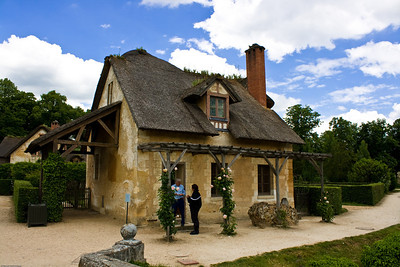 Cottage at Marie Antoinette's village-4