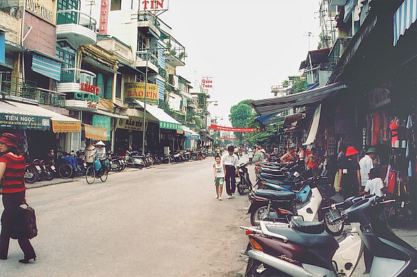 The old quarters Hà Nội Việt Nam - Aug 2002