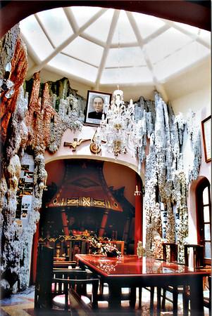 Dining room Hàng Nga guesthouse Đà Lạt Việt Nam - Aug 2002