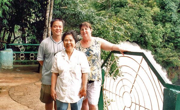 Tuấn, Phương, Gill Thác Dambri Dambri falls Lam Đồng Việt Nam - Aug 2002