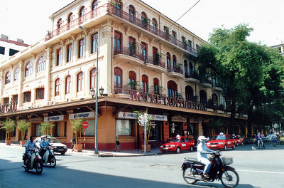Nhà hàng Continental Continental hotel Saigon - Thành Phố Hồ Chí Minh Việt Nam - Jul 2002