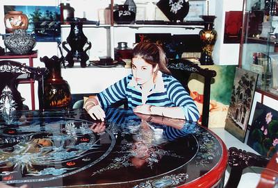 Lan in inlaid showroom Bình Dương Việt Nam - Jul 2002