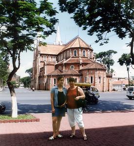 Gill and Lan Nhà Thờ Phước Bà Catholic cathedral Saigon - Thành Phố Hồ Chí Minh Việt Nam - Jul 2002