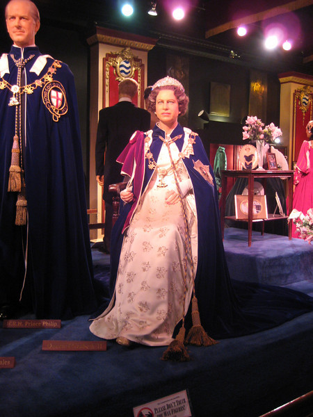 Royal London Wax Museum<br /> H.M. Queen Elizabeth II<br /> (Silver Jubilee figure)