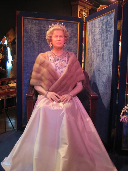 Royal London Wax Museum<br /> H.M. Queen Elizabeth II<br /> (Golden Jubilee figure)