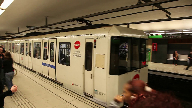 Barcelona Metro System. Great!! (duration: 00:59)