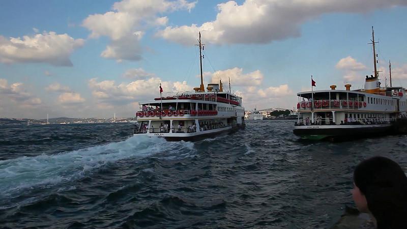Ferry, just leaving Eminonu towards Kadikoy (duration: 00:39)