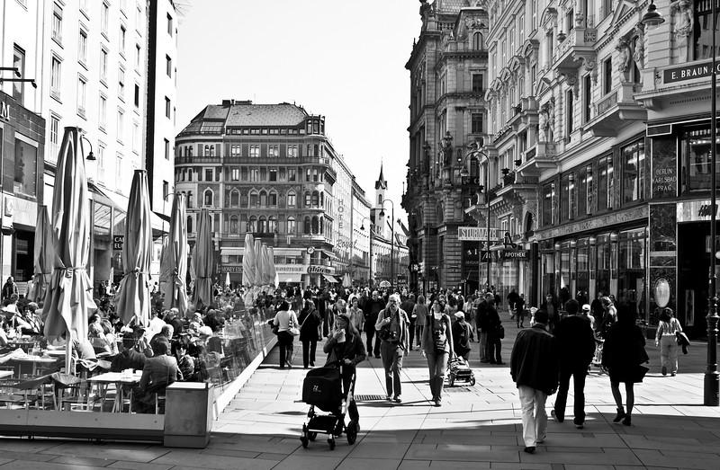 Vienna. Downtown shopping !!!