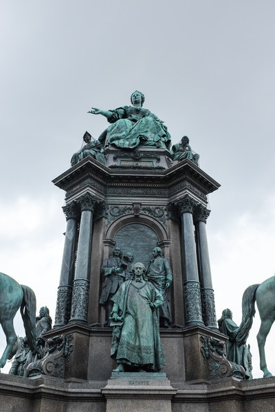 Another Statue, Vienna