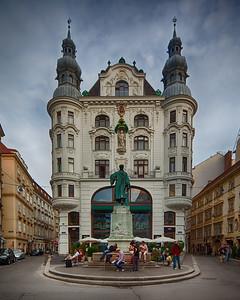 Gutenberg Monument, Vienna