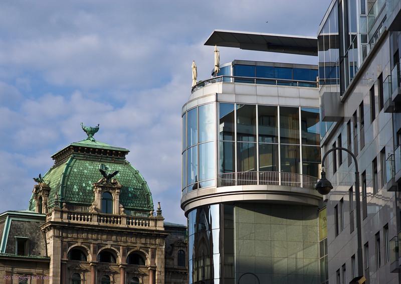 New and old<br /> Stephansplatz