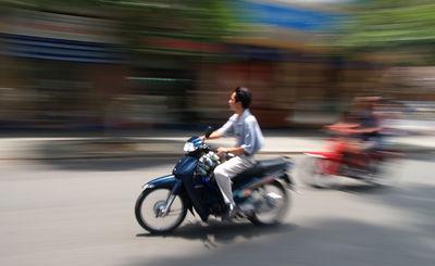 16 - VIETNAM2005_Back to Saigon