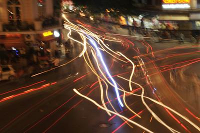 Hanoi / Traffic patterns by night