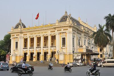 Hanoi / Opera building