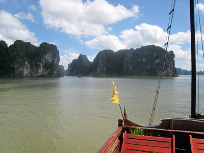 Ha Long Bay, Vietnam (photo courtesy of Mark Polishook)