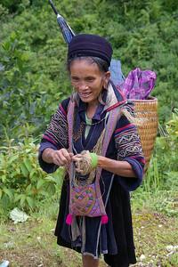 SaPa woman.