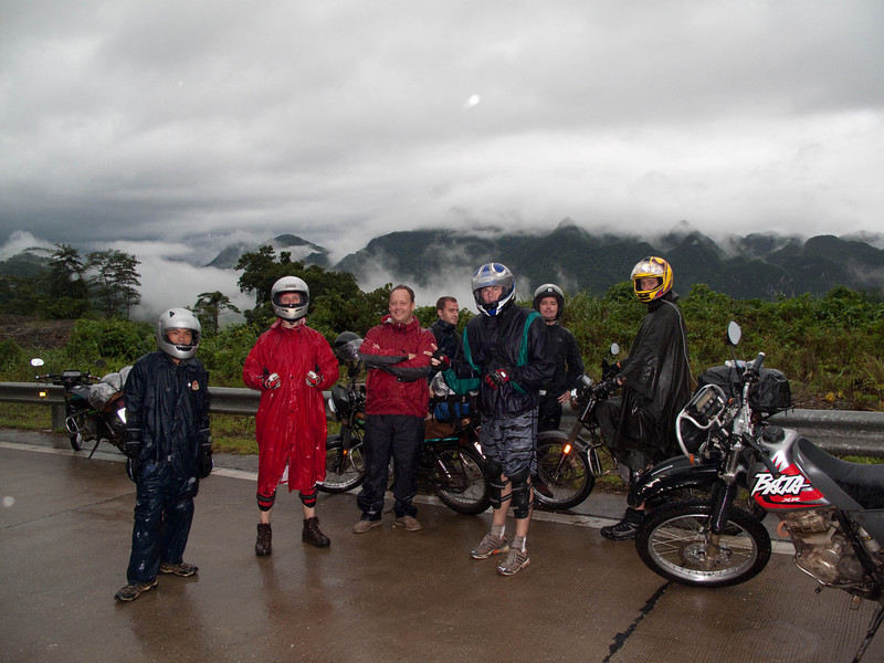 Man, would this next series of shots be great if not for the rain and fog.  Left to right:  Quynh, Frazier, Will, Daniel, Gary, Steve, Rich.