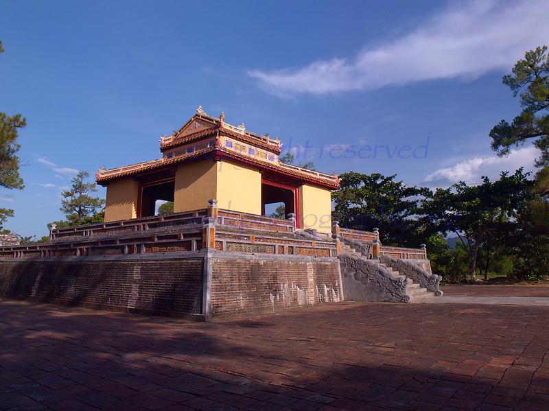 vn003028  Vietnam HUE  Citadel tower