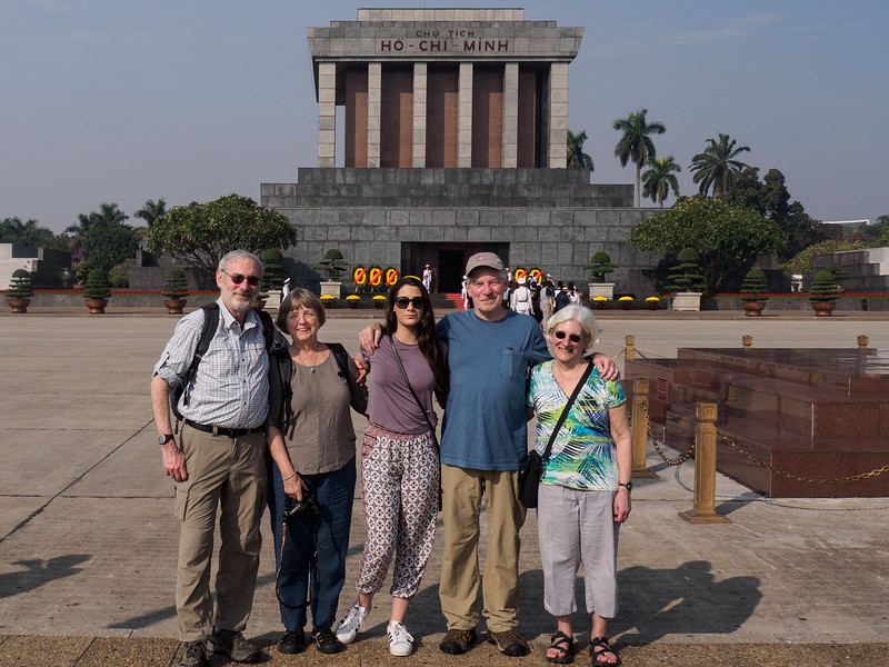 Ken, Linda, Liv, John and Sarah (Photo by our guide, Tony)