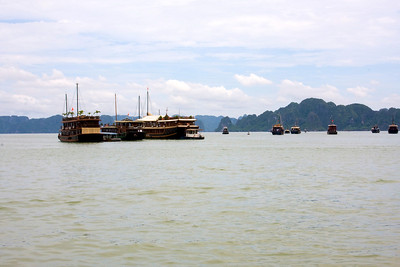 Ha Long Bay day trip