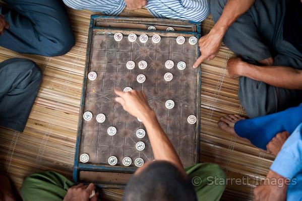 Viet men at play