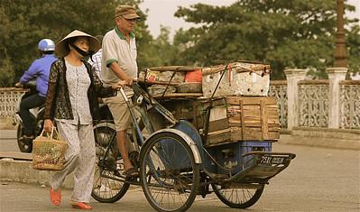 Straattafereeltjes in Hué. Hué, Vietnam.