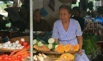 Groente en fruit op de markt van Hoi An. Cho Hoi An, Hoi An, Vietnam.