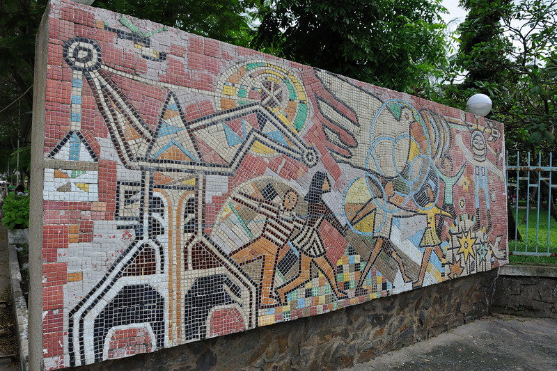 With the tiles they create murals like this...I tend to love them...usually showing some state achievement or another