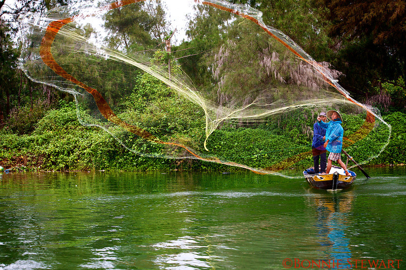 Throwing a fishing net even further