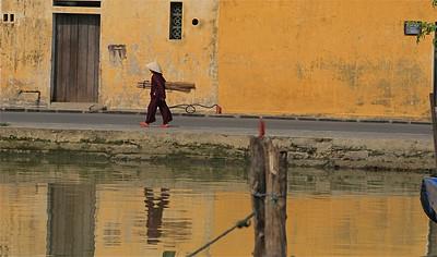 Spiegelbeeld. Hoi An, Vietnam.