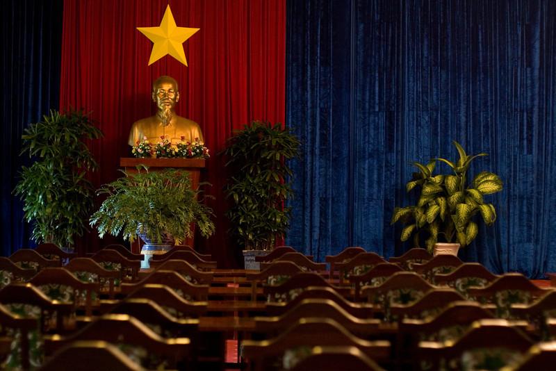 Vietnam_NGingold_29