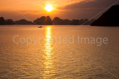 Sunset in Ha Long Bay