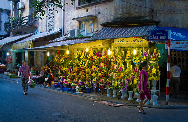 Sunset flower market