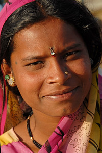 Women at the week end market near the villages close to Nagpur, Maharashtra, India.