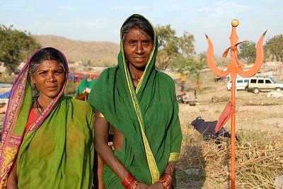 Women at the week end market near the villages close to Nagpur, Maharashtra, India.