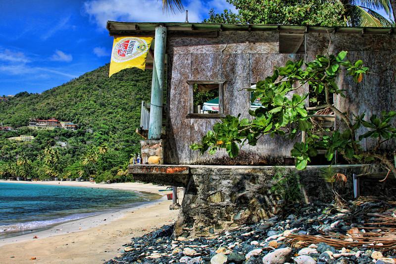Island Bar HDR