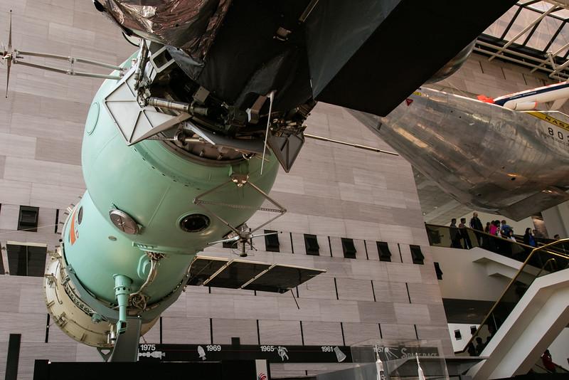Soyuz TM-10