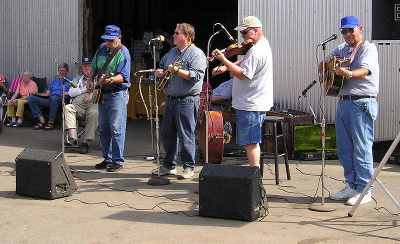 Bluegrass Music at Drumheller's Orchard