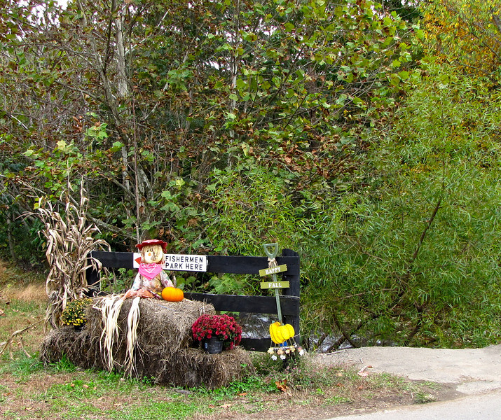 Fall Decorations at the Bridge to Lodge - Graves Mountain Apple Harvest Festival - 10/19/13