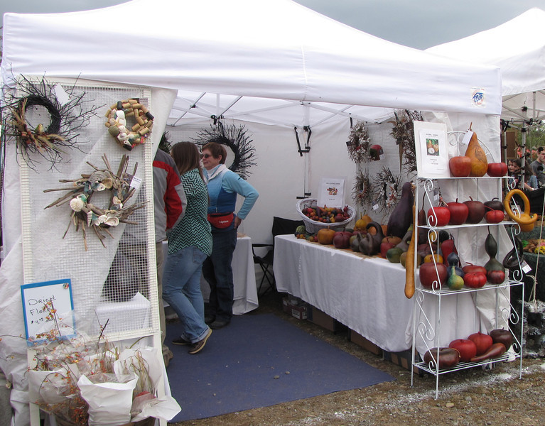 One of Many Artistic Shopping Options  - Graves Mountain Apple Harvest Festival - 10/19/13