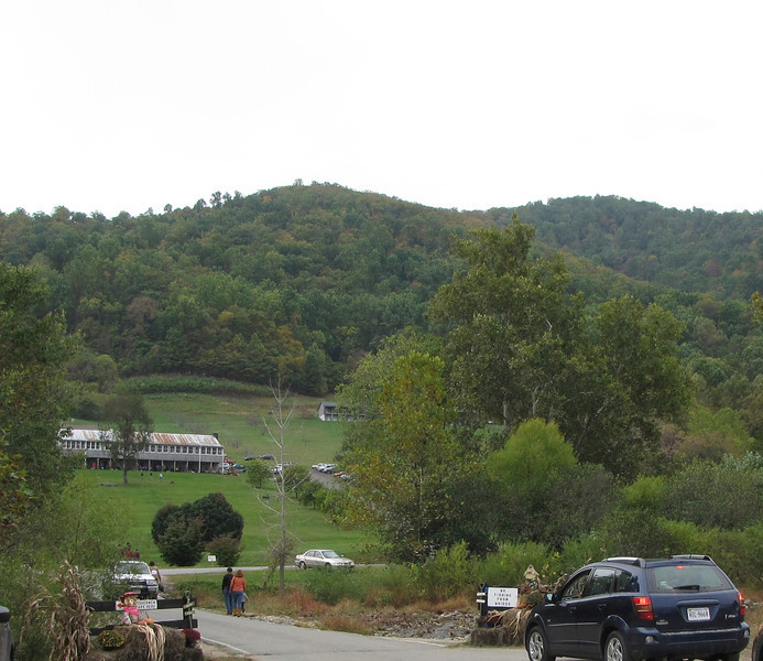 Lodge Buildings Up Near the Mountains - Graves Mountain Apple Harvest Festival - 10/19/13