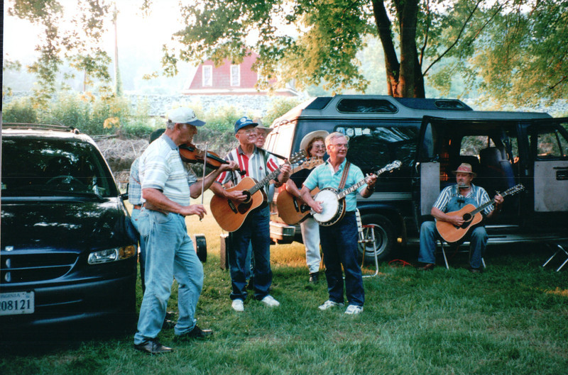 Music - Batteau Festival, Scottsville, VA  6-20-01<br /> The festival provides music and food vendors.