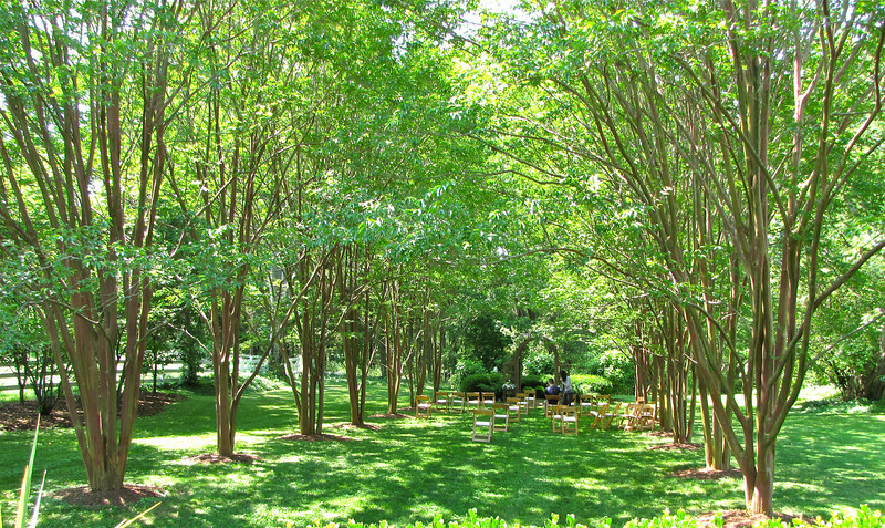 Crape Myrtle Grove - Tuckahoe, Thomas Jefferson's Boyhood Home - Richmond, VA<br /> They were setting up for a wedding scheduled for the evening.