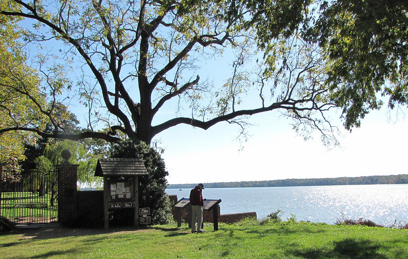 Kiosk at Entrance to Westover Plantation - Charles City, VA  10-23-10<br /> Westover had a role in the Civil War as headquarters to the Union's 5th Corps, Westover Plantation is near Harrison's Landing, the final supply point for McClellan's Peninsula Campaign.  On July 8, 1861, Pres. Abraham Lincoln arrived by steamboat for a one-day visit, conferred with McClellan and reviewed the troops.  Westover served as the headquarters of McClellan's protege, Gen. Fitz John Porter.  Just after midnight on Aug. 1, 41 pieces of Confederate artillery at Coggins Point across the river fired on the gunboats and the Union encampment around the house.  McClellan reported 25 casualties.