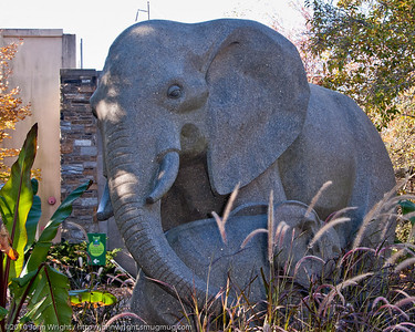 Sculpture at the entrance to the Philadelphia Zoo