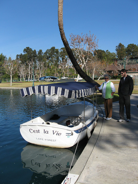 We took Barb's boat, C'est la Vie, out for a relaxing tour of the neighborhood coves and a stop at the community club house.
